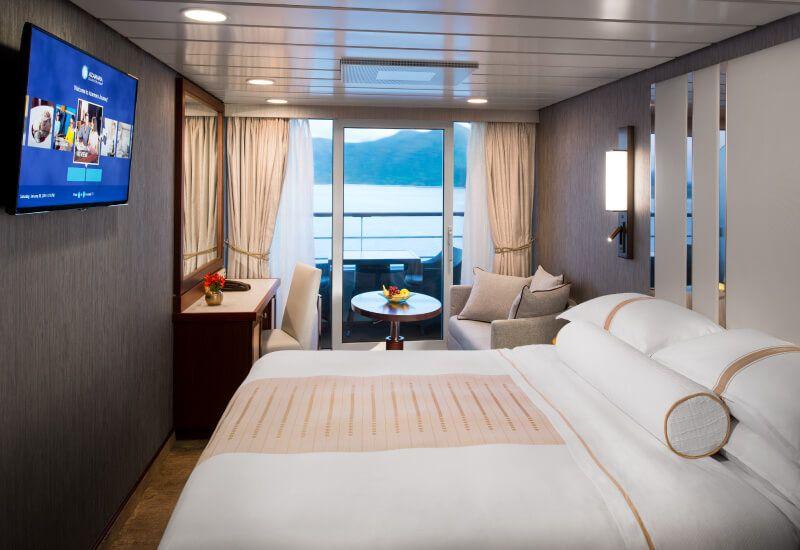 Cabine balcon du bateau de croisière Azamara Journey