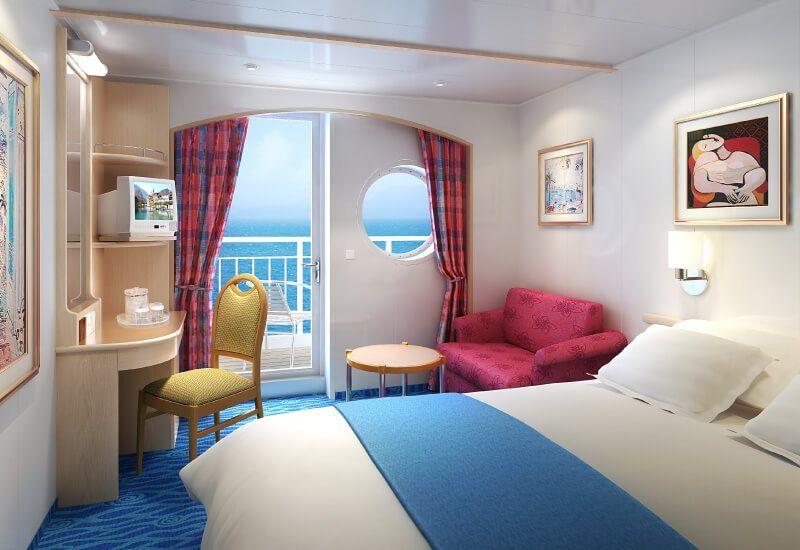 Cabine balcon du bateau de croisière Norwegian Sky
