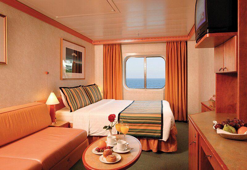 Cabine extérieure du bateau de croisière Costa Mediterranea