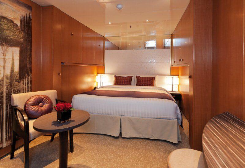 Cabine intérieure du bateau de croisière Costa NeoRomantica