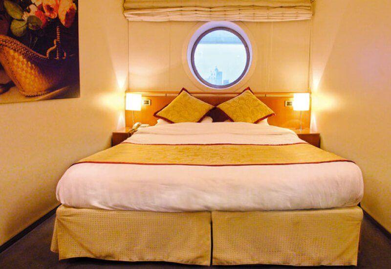 Cabine extérieure du navire de croisière Costa Victoria