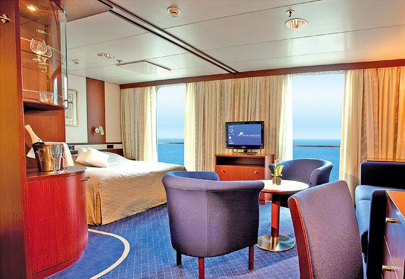 Suite extérieure de luxe du bateau de croisière Jules Verne de CMV