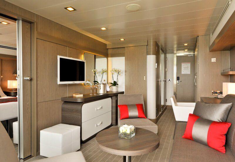 Suite de luxe du bateau de croisière Le Boréal