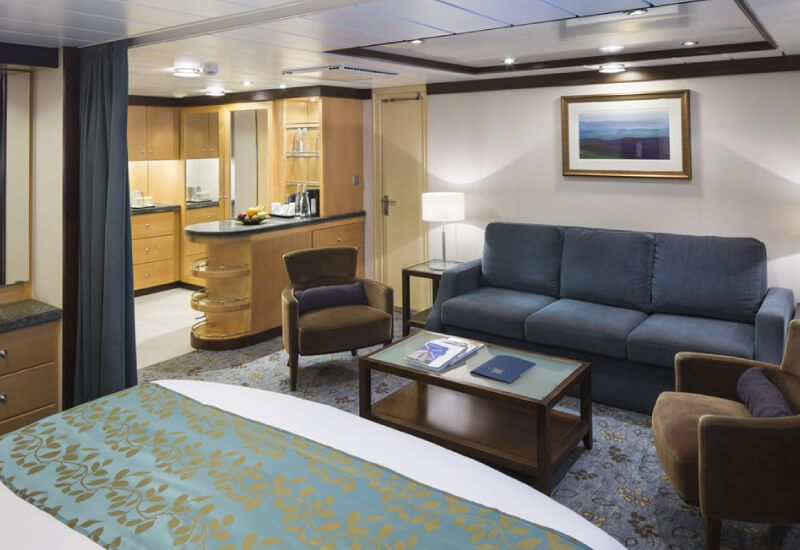 Suite-Voyager-of-the-Seas