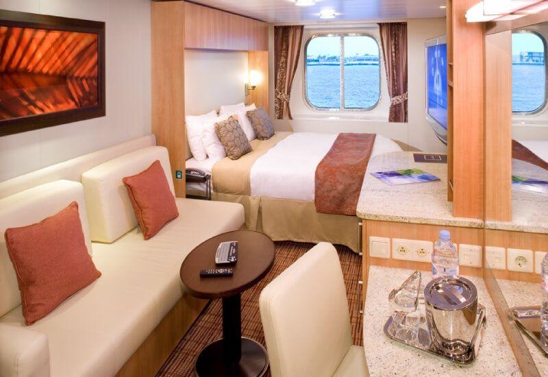 Cabine extérieure du bateau de croisière Celebrity Solstice