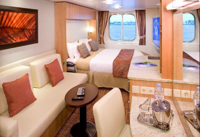Cabine extérieure  du bateau de croisière Celebrity Eclipse